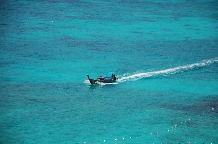 Ko Phi Phi Island – raj, któryzamienia się wśmietnik…